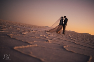 Salar de uyuni wedding photgrapher